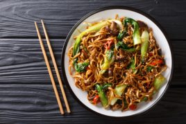 MUSHROOM AND TEMPEH NOODLES